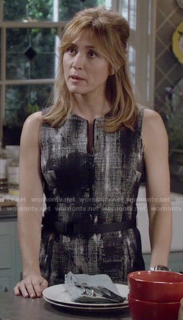 Maura's abtract print zip front dress on Rizzoli and Isles