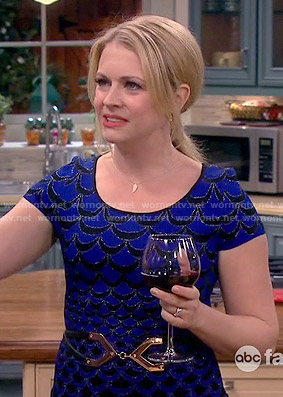 Mel's blue scalloped print dress on Melissa and Joey