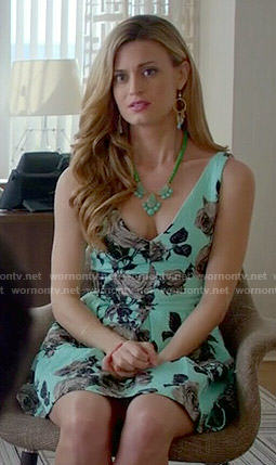 Paige's green floral v-neck dress on Royal Pains