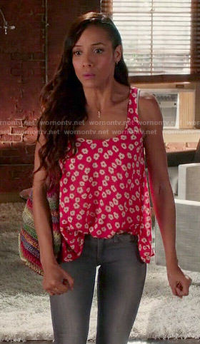 Rosie's red floral print tank top on Devious Maids