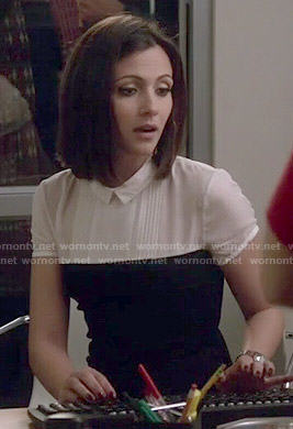 April's black and white collared dress on Chasing Life