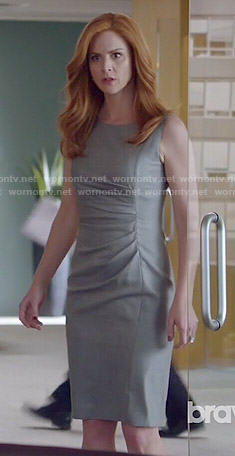 Donna's grey dress with side ruching on Suits