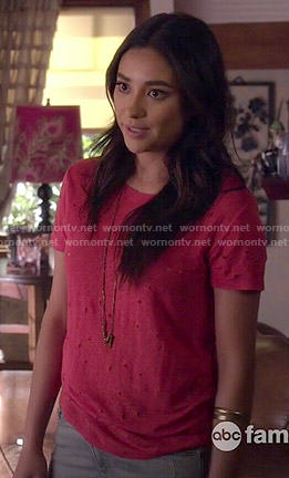 Emily's red distressed tee on Pretty Little Liars