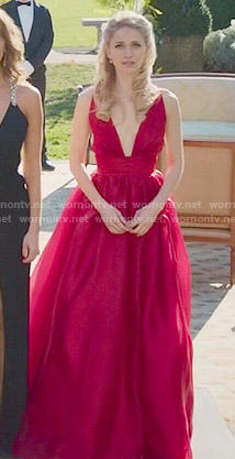 Anna's red plunge neck gown on UnReal
