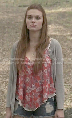 Lydia's red floral top and grey cardigan on Teen Wolf