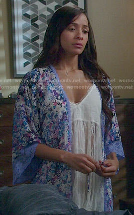 Rosie's blue floral robe on Devious Maids