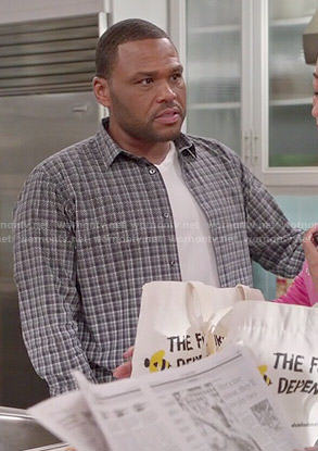Andre's plaid ombre shirt on Black-ish