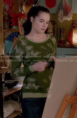 Bay's camo sweater on Switched at Birth