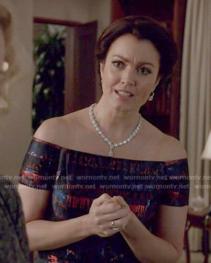 Mellie's blue and red off-shoulder gown on Scandal