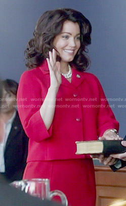 Mellie's red cropped jacket on Scandal