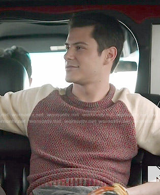 Shane's two-tone sweater on Faking It