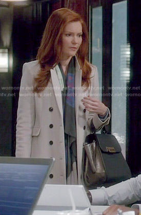 Abby's grey coat on Scandal