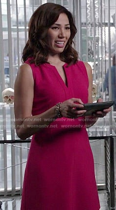 Angela's pink split-neck dress on Bones