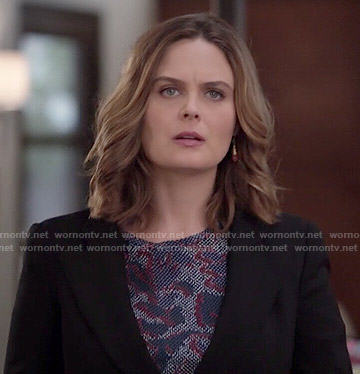 Brennan's printed top on Bones