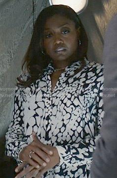 Daisy's black and white leopard print shirtdress on Madam Secretary