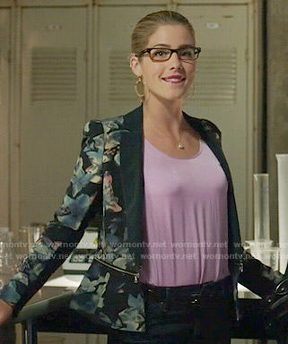 Felicity's blue floral blazer on Arrow