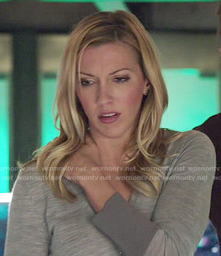 Laurel's grey sweater on Arrow