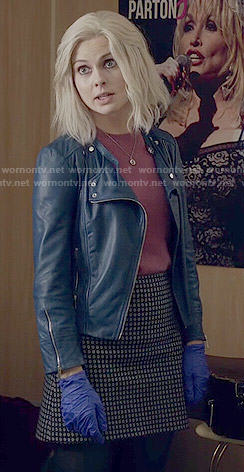 Liv's blue leather jacket and pink short sleeved sweater on iZombie