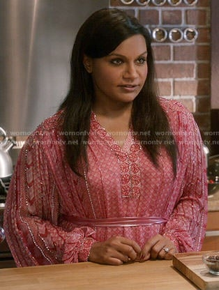 Mindy's pink kaftan on The Mindy Project