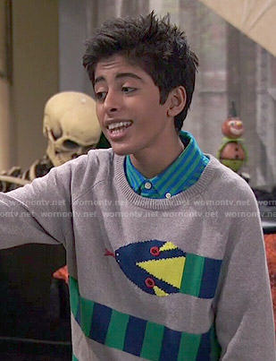 Ravi's snake sweater on Jessie
