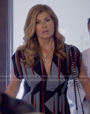 Rayna's geometric print dress on Nashville