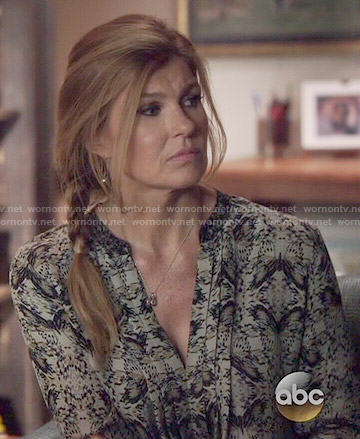 Rayna's abstract printed long sleeve blouse on Nashville