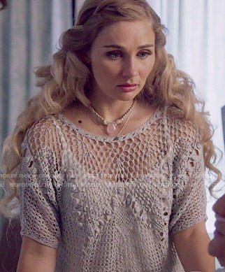 Scarlett's crochet top on Nashville