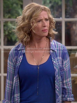 Vanessa's blue plaid shirt on Last Man Standing