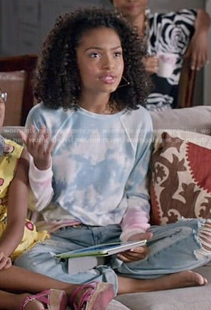 Zoey's cloud print sweatshirt on Black-ish