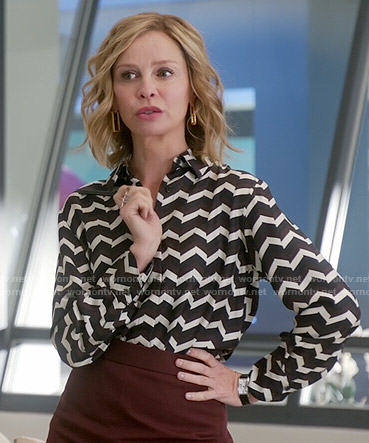 Cat's black and white chevron print blouse on Supergirl