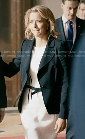 Elizabeth's white dress with black bow belt on Madam Secretary