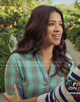 Jane's aqua plaid shirt on Jane the Virgin