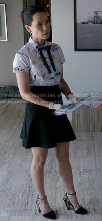 Wornontv Joan S Printed Shirt Black Skirt And Shoes With