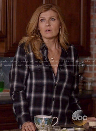 Rayna's black plaid shirt on Nashville