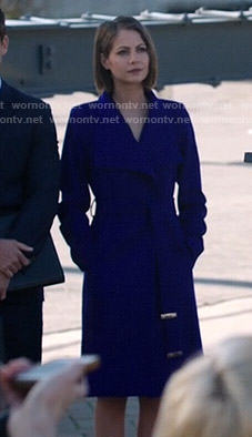 Thea's blue coat on Arrow
