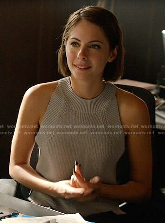 Thea's grey knit tank top on Arrow