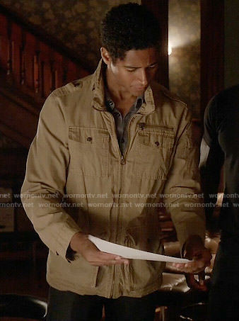 Wes's khaki field jacket on How to Get Away with Murder