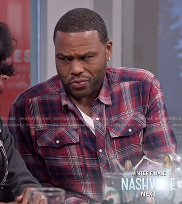 Andre's red plaid shirt on Black-ish