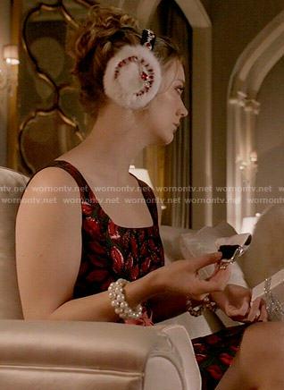 Chanel 3's lips print dress on Scream Queens