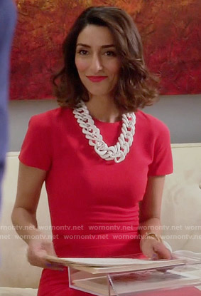 Delia's red short sleeved dress on Girlfriends Guide to Divorce