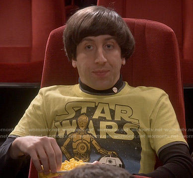 Howard's yellow Star Wars C3PO and R2D2 t-shirt on The Big Bang Theory
