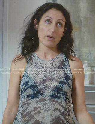 Abby's blue tie dye tank top on Girlfriends Guide to Divorce