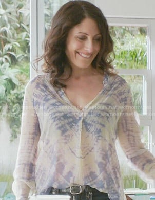 Abby's tie dye long sleeve top on Girlfriends Guide to Divorce