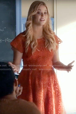 Ali's red lace dress on Pretty Little Liars