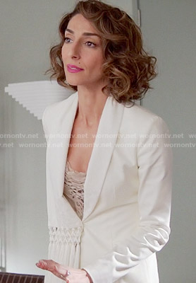 Delia's white blazer with tassels on Girlfriends Guide to Divorce