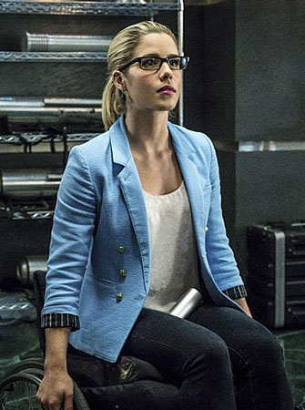 Laurel's black and white plaid shirt on Arrow