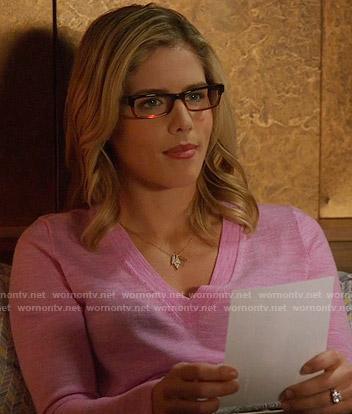 Felicity's pink v-neck sweater on Arrow