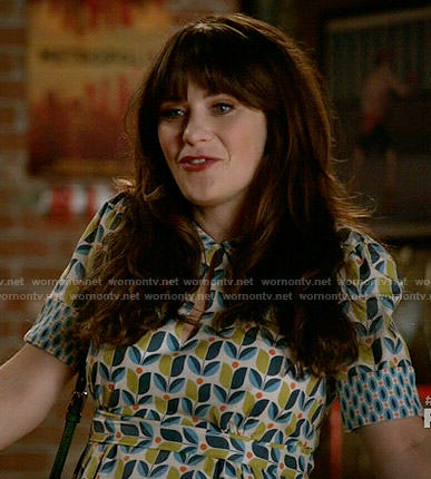 Jess's blue and green tulip print dress on New Girl
