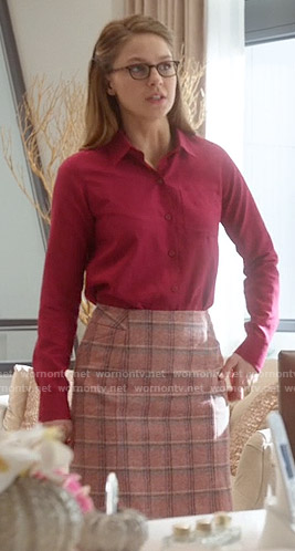 Kara's pink checked skirt on Supergirl
