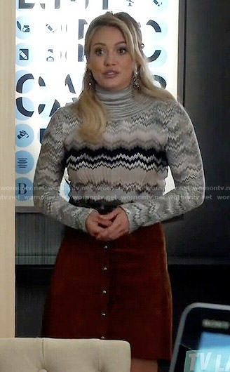 Kelsey's grey chevron striped sweater on Younger